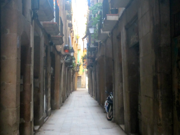 well you can fit a scooter down there, El Born, Barcelona (mrscarmichael)