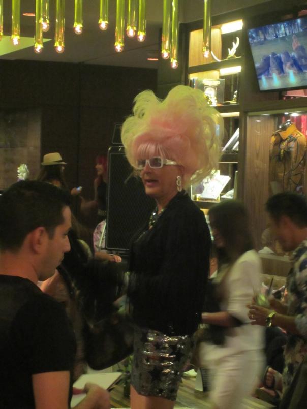 I want that wig (mrscarmichael0